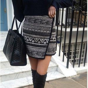 H&M Chevron pattern jacquard weave wrap skirt